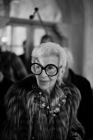 Fiesta en Bergdorf Goodman. Iris Apfel