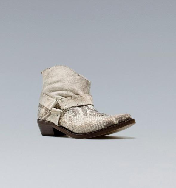 bota cowboy de serpiente. Zara 2012