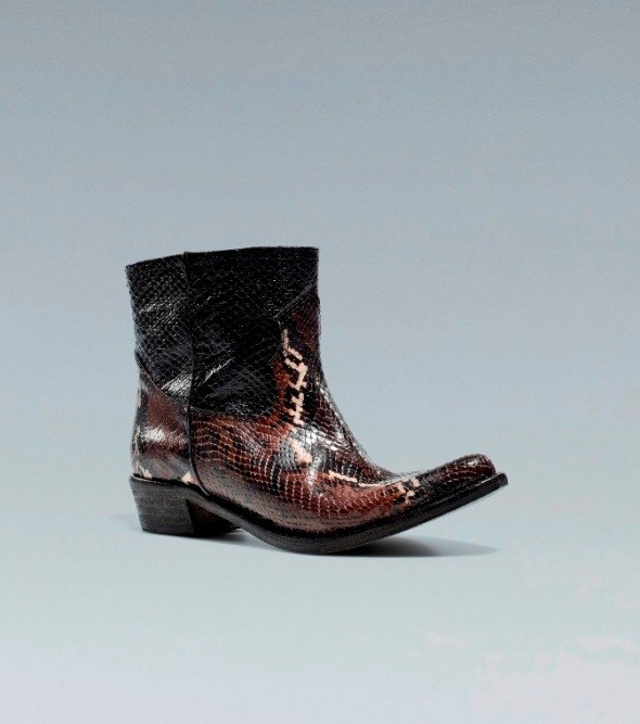 bota cowboy de pitón. Zara 2012