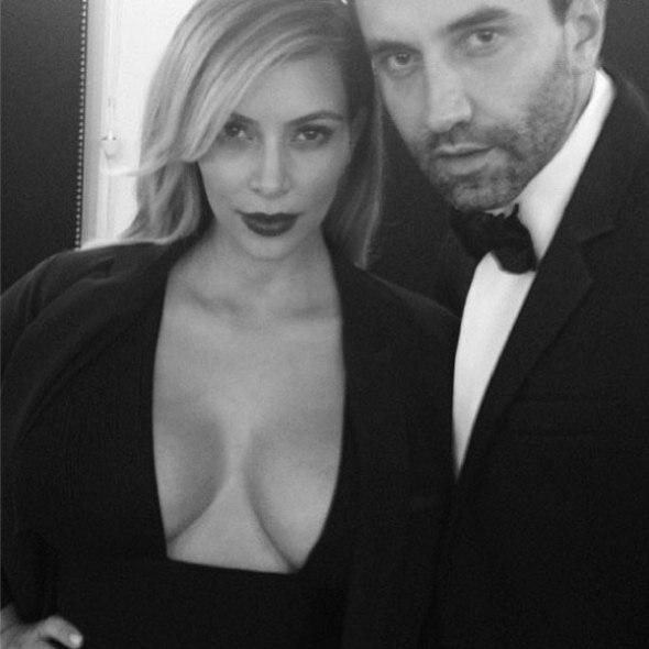 Kim Kardashian y Riccardo Tisci
